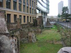 roman wall 3
